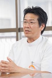 講師 福岡先生 横向き画像.jpg